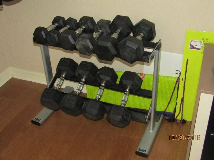 2-5,2-10,2-15,2-20,2-25 SETS OF WEIGHTS AND STAND.. KEYS BRAND