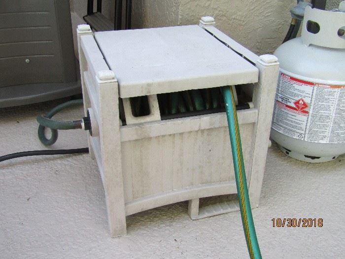HOSE CADDY WITH HOLE.. PERFECT FOR ANY POOL OR OUTDOORS..