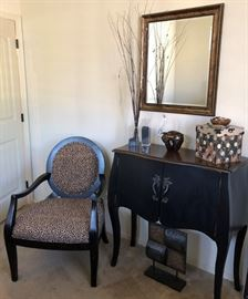 Buffet, Leopard Chair (2)