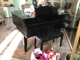 Family Heritage Estate Sales, LLC. New Jersey Estate Sales/ Pennsylvania Estate Sales. High quality items. Traditional Furniture. Contemporary Furniture. Designer clothing, handbags and shoes. Home items. Art. Full contents sale. Baby Grand Piano.