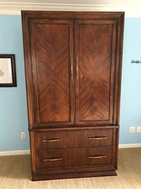Gorgeous Hickory White brand armoire. Mirror inside cupboard. You have to open the drawers yourself to appreciate the ultra high quality glide. Perfect condition, part of the King bedroom set. Could sell separate.