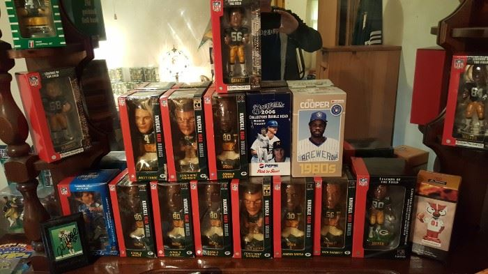 Lots of Packer Bobble Heads and Some Brewer bobble heads