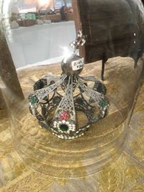 Spanish Colonial Crown in Dome