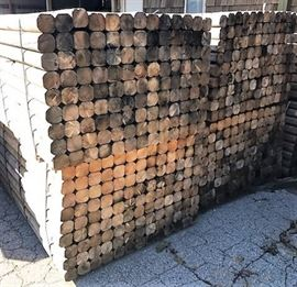117Landscaping Timbers 4 x 4 x 8 Bundle Forkl ...