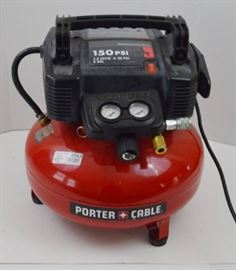 1 Porter Cable Air Compressor Works, Builds Pressur ...