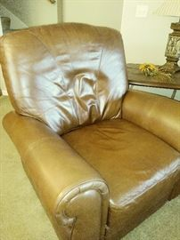 leather recliner, fabulous condition