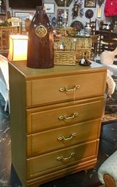 Mid Century Modern 4-Drawer Chest