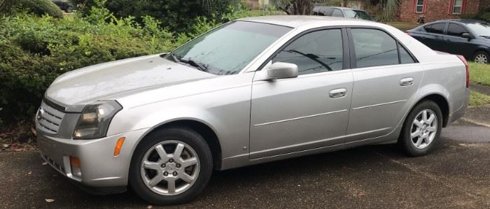 2007 Cadillac CTS with 73k miles.  Needs new Battery.