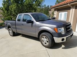 2013 Ford F 150 w/ Salvage Title  36,570 miles