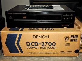 DENON  DCD 2700 COMPACT DISC PLAYER