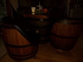 wine barrel table and wine barrel chairs
