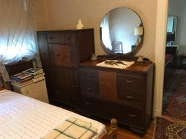 Deco bedroom set.