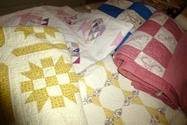 Antique and vintage handmade quilts