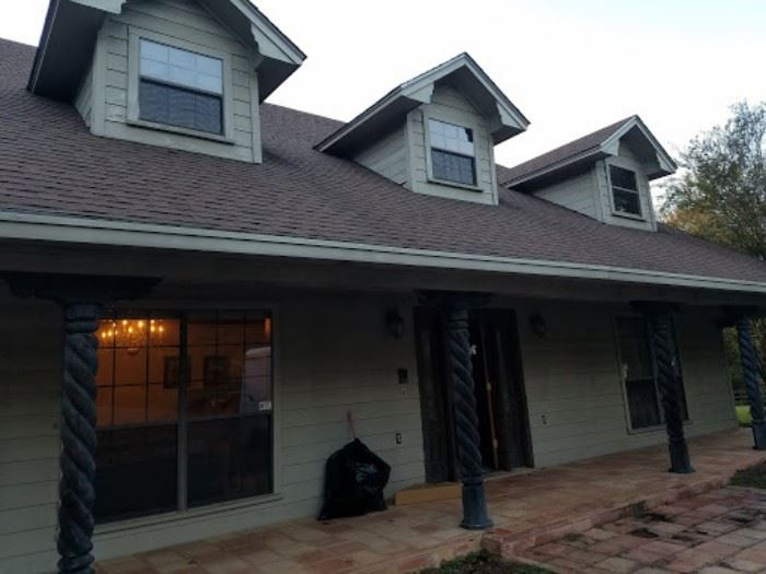 Front of home has large circular driveway with plenty of parking for everyone!