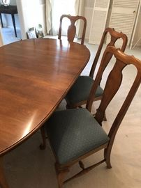 Dining Room table for 6. $250