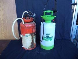 2 1.25 Gallon Sprayers