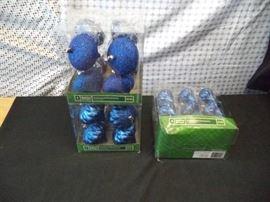 28 pk., 1 18 pk. Blue Bulb Ornaments