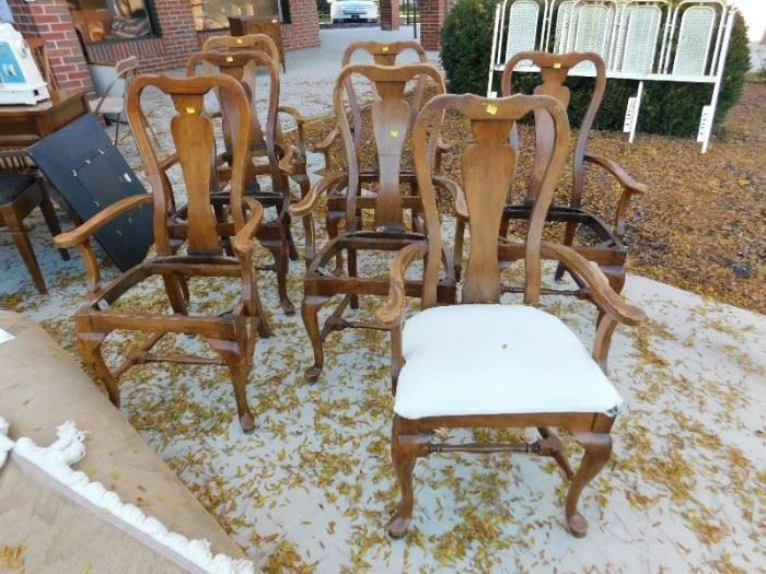 Chairs 7 ea