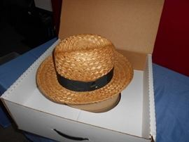 1 Mens Size 7 Straw Hat