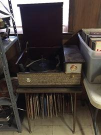 Retro Stereo and Record Player Combo(Silvertone Hi-Fi)