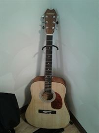 Guitar https://ctbids.com/#!/description/share/65072