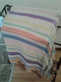 Quilt rack, blanket https://ctbids.com/#!/description/share/65285