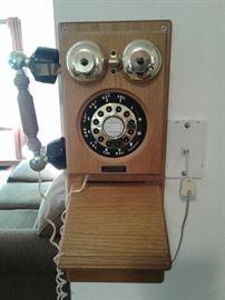 Phone          https://ctbids.com/#!/description/share/65296