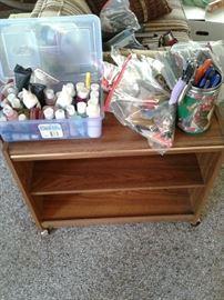 Cart, craft accessories https://ctbids.com/#!/description/share/65286