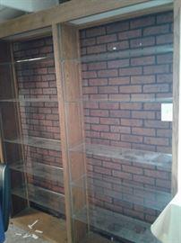 Lighted wood shelving unit with glass shelves https://ctbids.com/#!/description/share/65325