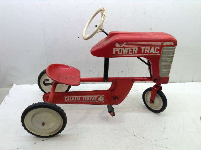 1960's pedal tractor