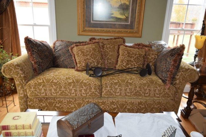 Sofa w Decorative Pillows