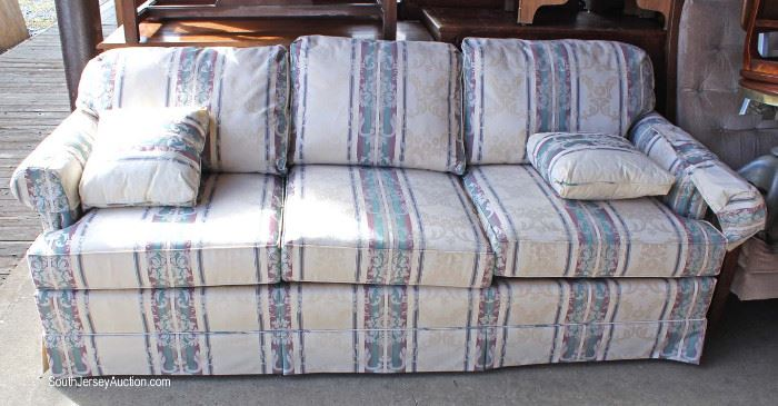 "Contemporary LIKE NEW 2 Piece Living Room Set by ""Thomasville Furniture""  Located Dock – Auction Estimate $200-$400"
