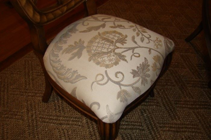 Upholstery on chairs to DR table