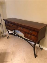 Buffet with 4 drawers