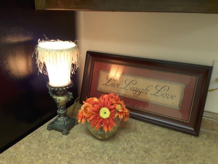 Decorative accessories in great condition
