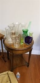 coffee table, vases