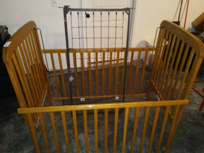 Baby Bed with Metal Spring Base