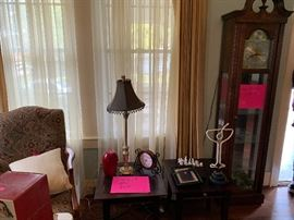 Lamps, clocks, drapes, chairs, tables. Something for everyone!
