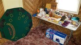 Deluxe poker table top