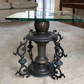 Iris Apfel table