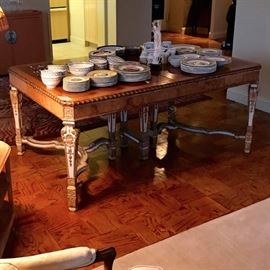 Burled Dining Table with Collection of Villeroy & Boch