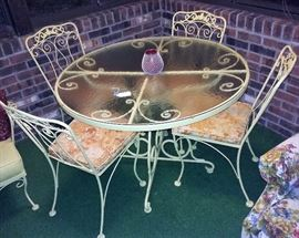 vintage Woodard patio table and chairs