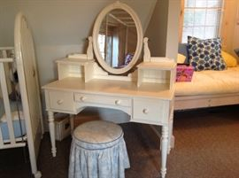 Eathen Allen dressing table and seat