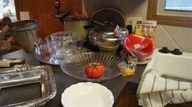 crock pot, canning ricer, kitchen
