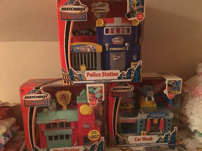 Newer & vintage toys
