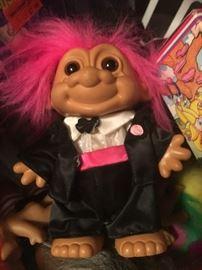 Troll dolls & accessories