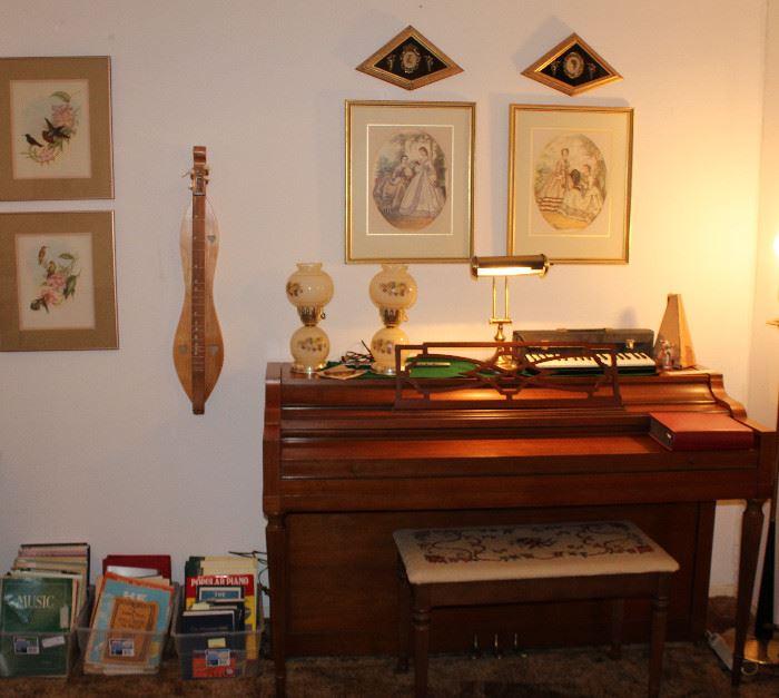 Spinet Piano, Dulcimer