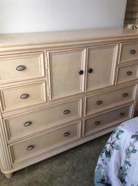 WWH001 Eight Drawer Wooden Dresser