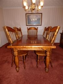 Table with 2 leaves, 6 chairs by Pulaski (Part of Dining Room Suite)