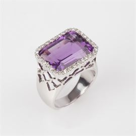 8: 14K RECTANGLE AMETHYST AND DIAMOND HALO RING SIZE 6.5